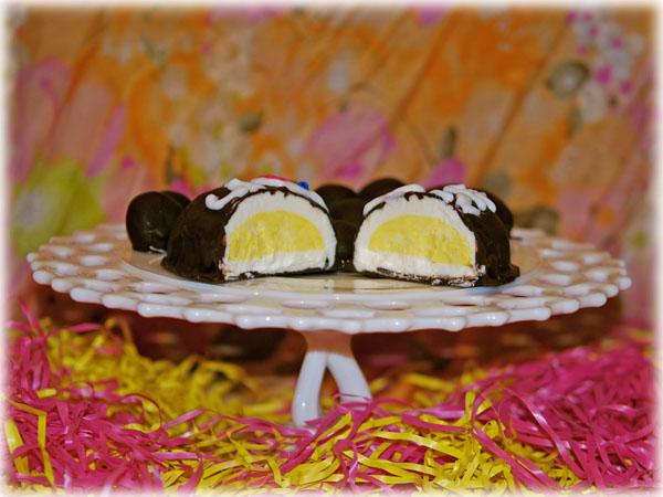 Butter Cream Easter Egg