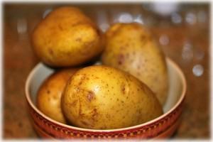 4 white potatoes